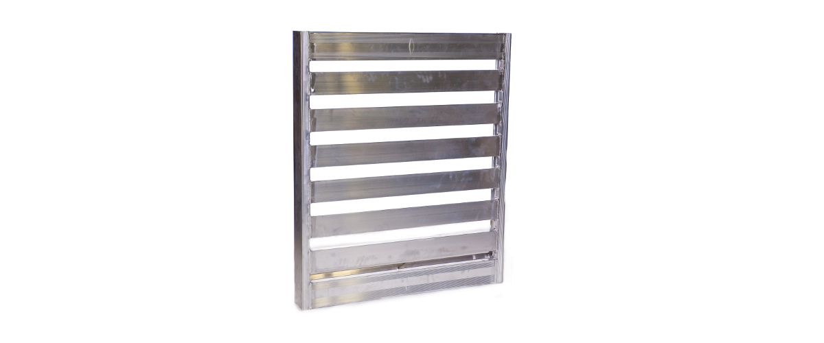 Aluminum push pull pallet used with systems such as Cascade push pull.